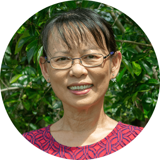 Lee is a principal dentist at Envisage Dental, and specialises in cosmetic dentistry and quick braces. She graduated from the University of Queensland with a Bachelor's degree in Dental Science, and has over 30 years of practical experience.